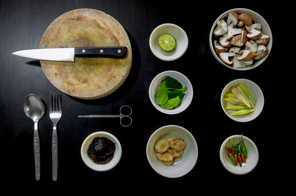 Küchenmaschine mit Schnitzelwerk
